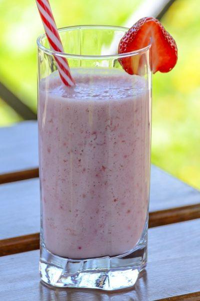 Strawberry Banana Kefir Smoothie Recipe